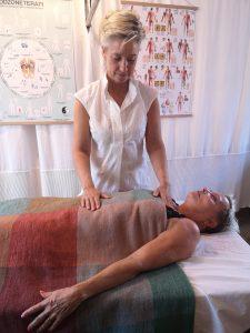 Joan Fisker, Kropsterapeut